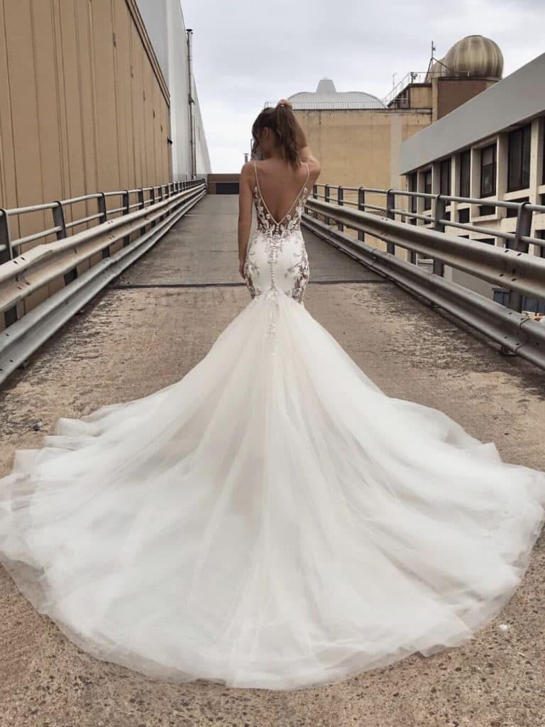 Stunning Wedding Gowns | MIMI TOKO